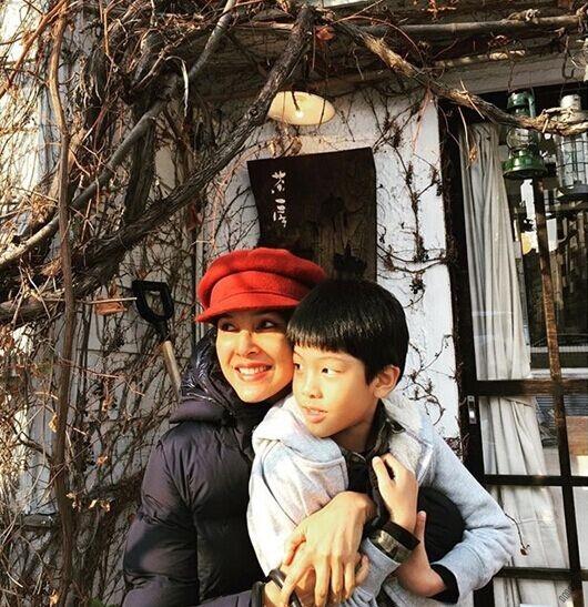 泰国一哥Ken带家人日本滑雪新闻资讯综艺娱乐泰国网,泰国华人论坛图片